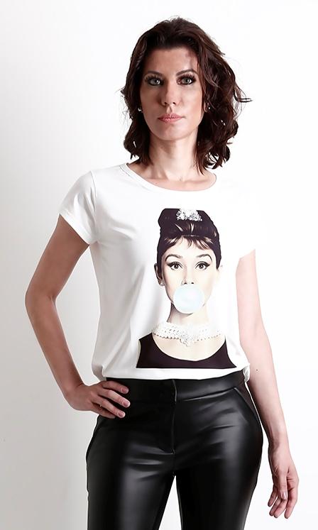 t shirt feminina estilosa