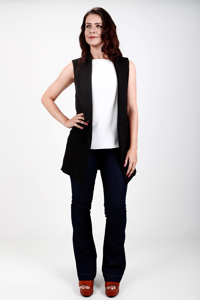 colete feminino preto alfaiataria