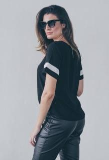 blusa feminina manga curta preta